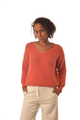 BONITA AVE Brique v-neck knit