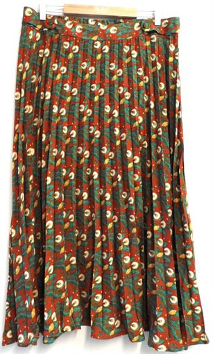MDM Red/green floral skirt