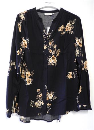 ONLY CARMA Dark blue floral shirt